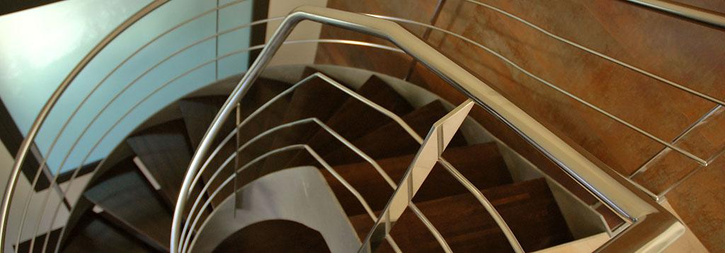 Escalera de acero y barandilla de acero inoxidable
